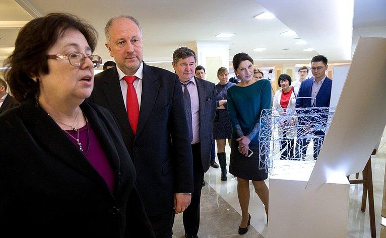 ВСовете Федерации открылась выставка социально-правового плаката «Азбука права»
