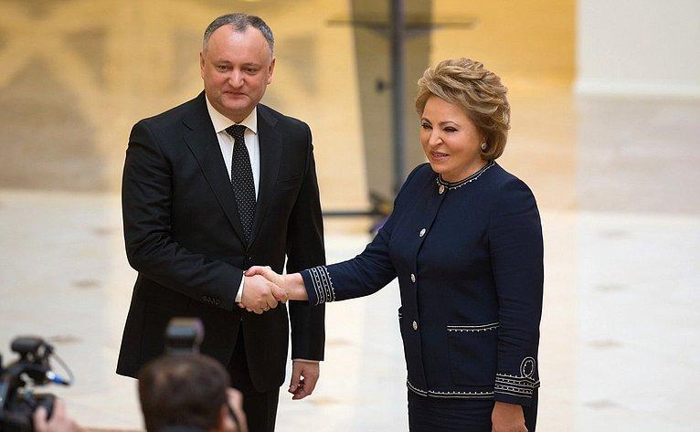 Встреча В. Матвиенко сПрезидентом Молдавии И. Додоном