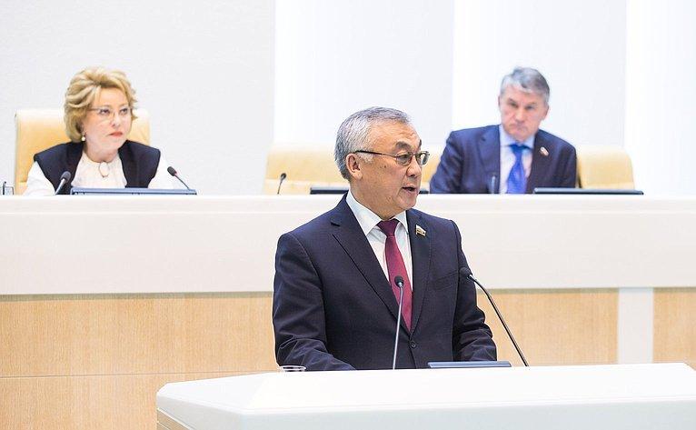 Б. Жамсуев на386-м заседании Совета Федерации