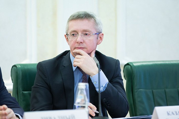 Казаковцев Парламентские слушания, посвященные вопросам оздоровления российской банковской системы