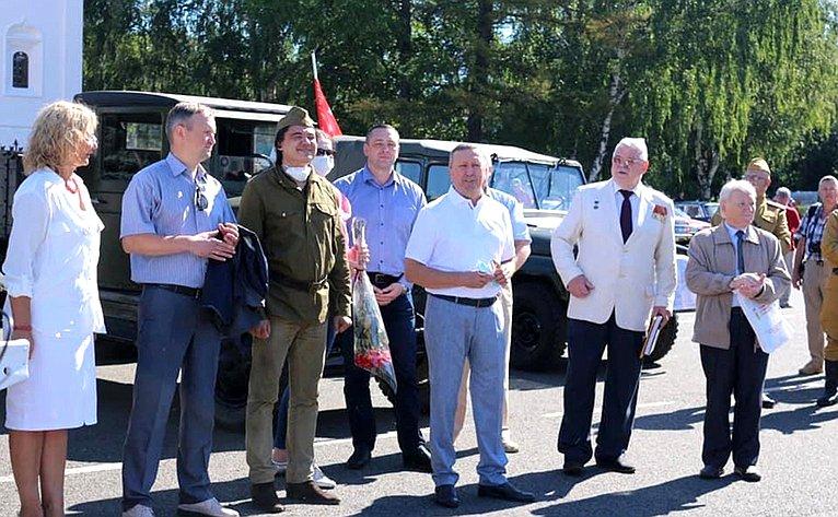 Сергей Березкин принял участие втрадиционном ралли классических автомобилей иисторической техники «Медведь-2020»