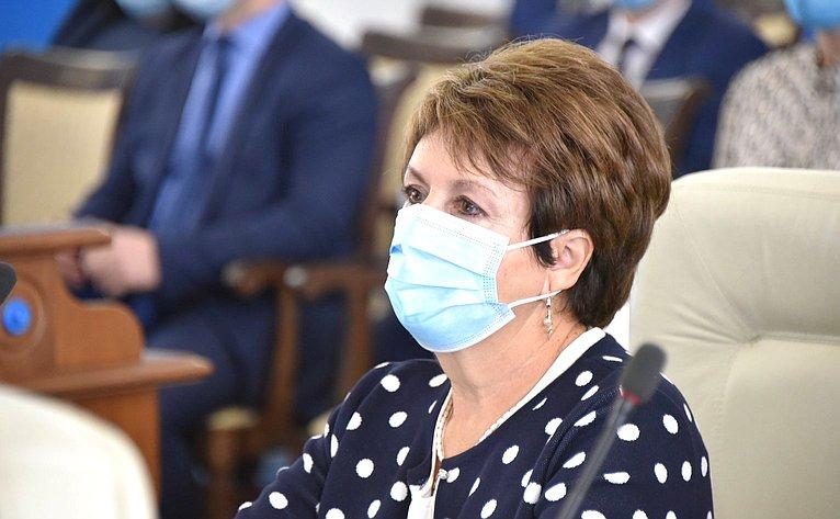 Е. Алтабаева приняла участие впатриотической акции вСевастополе