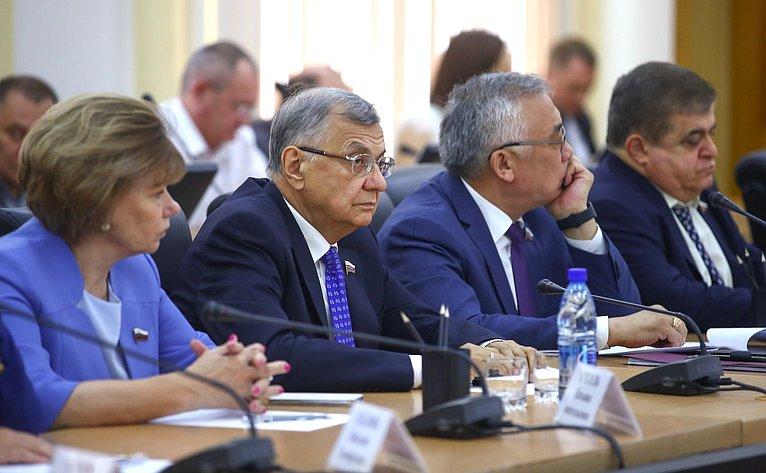 Т. Гигель, С. Жиряков,Б. Жамсуев иВ. Джабаров