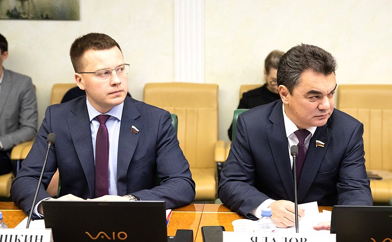 Александр Пронюшкин иИрек Ялалов
