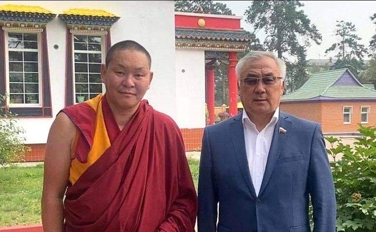 Баир Жамсуев встретился сБаир ламой— настоятелем Читинского буддийского дацана «Дамба Брайбулинг»