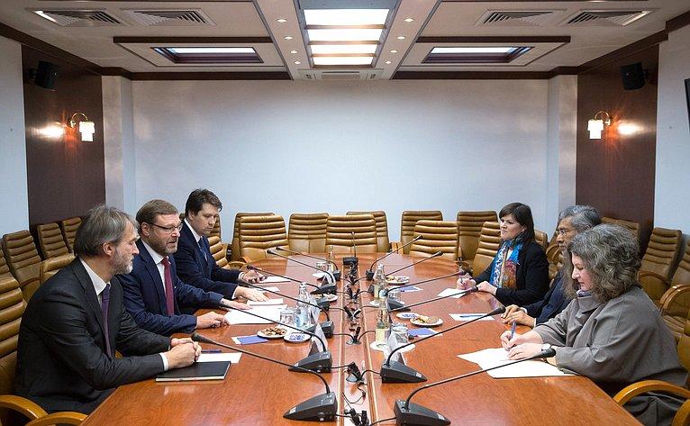 Встреча К.Косачева сПослом Шри-Ланки вРФ Д.Джаятиллека