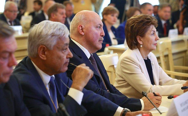 Фарид Мухаметшин, Дмитрий Мезенцев иГалина Карелова