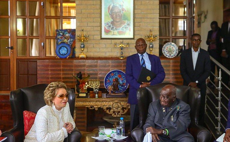 Встреча В. Матвиенко спервым Президентом Республики Замбия Кеннетом Каундой
