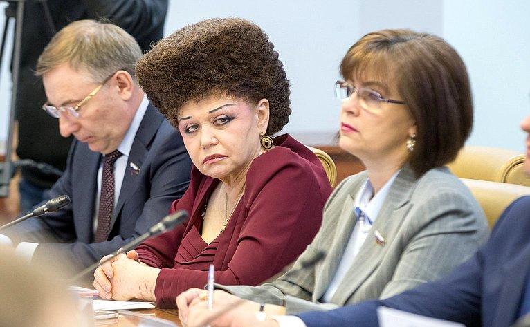 В. Петренко иЕ. Попова