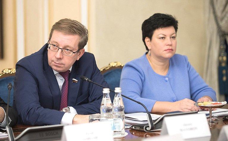 А. Майоров иЛ. Кононова