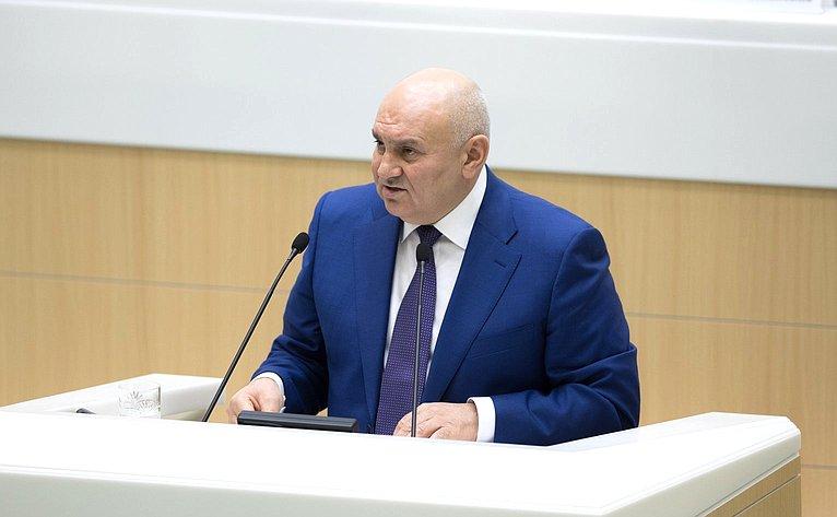 Д. Хатуов