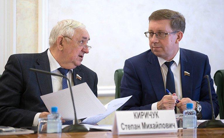 С. Киричук иА. Майоров