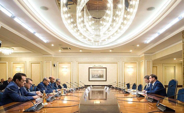 Встреча Константина Косачева сГенеральным секретарем Йеменской социалистической партии Абдель Рахманом Ас-Саккафом