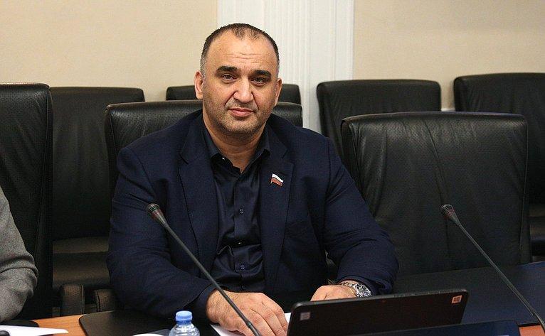 Мохмад Ахммадов
