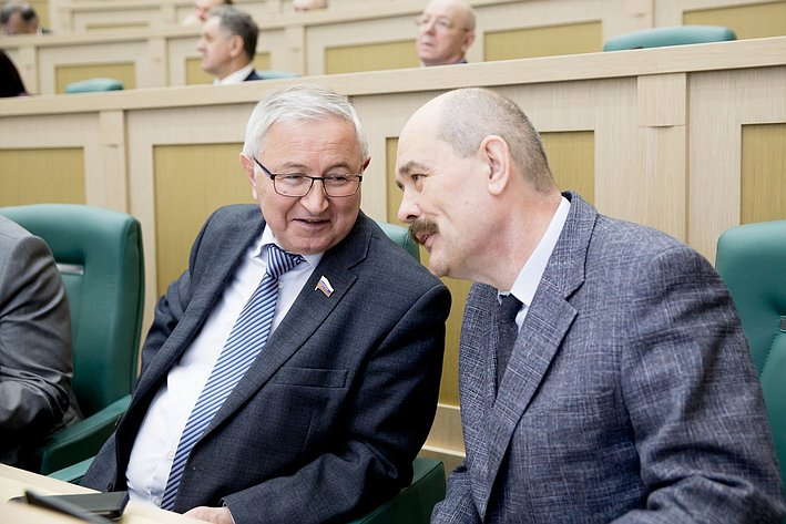 М. Дидигов 371-е заседание Совета Федерации