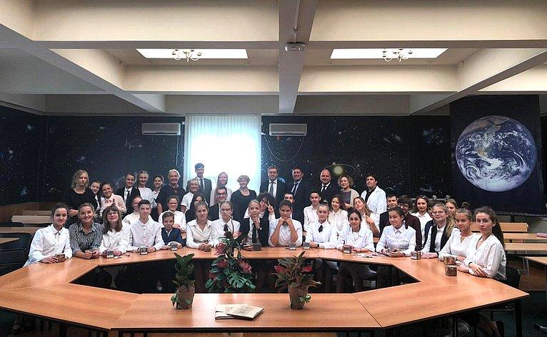 Первый этап Всероссийского экологического диктанта в354-й московской школе имени Д.М. Карбышева