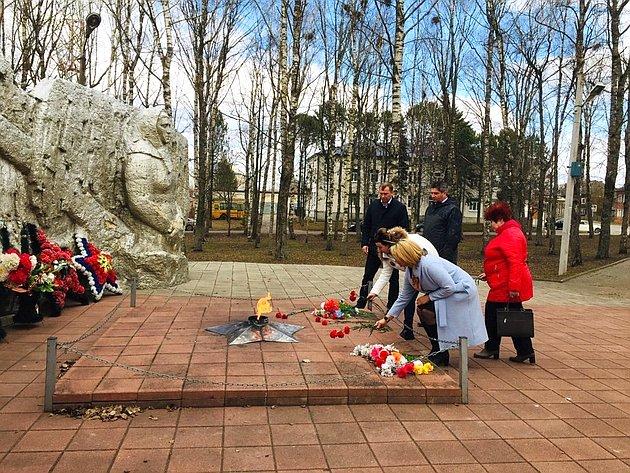 Наталия Косихина оказала помощь ветеранским организациям Ярославской области