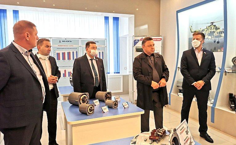 Парламентарии посетили Конструкторское бюро электроизделий иСарапульский электрогенераторный завод