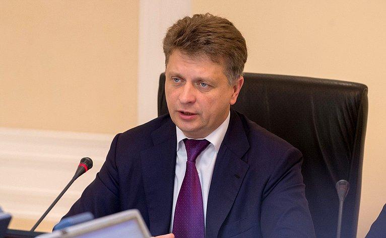 М. Соколов
