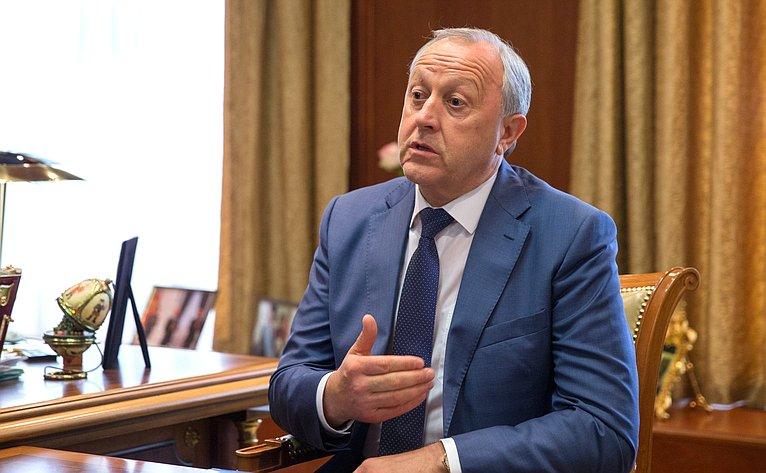 Встреча В.Матвиенко сгубернатором Саратовской области