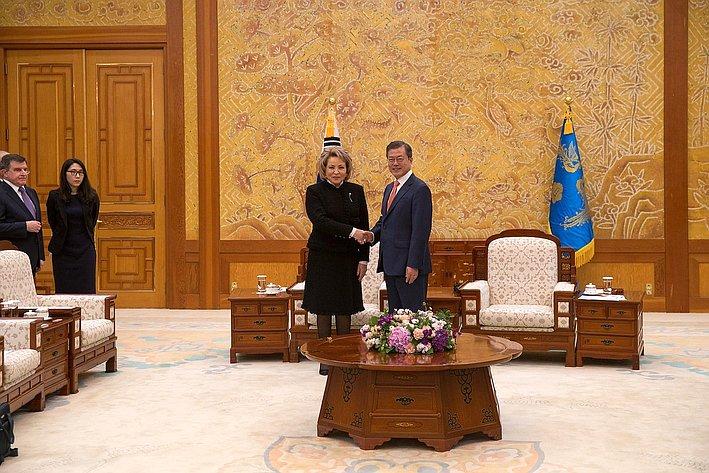 Встреча В. Матвиенко спрезидентом Южной Кореи