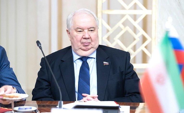 С. Кисляк