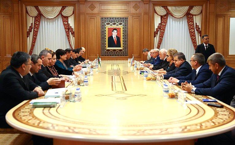 Встреча В. Матвиенко сПредседателем Меджлиса Туркменистана А. Нурбердыевой