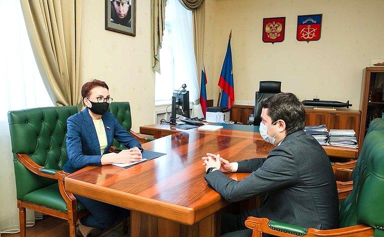 Татьяна Кусайко встретилась сгубернатором Мурманской области Андреем Чибисом