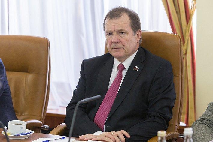 Встреча С. Катанандова с делегацией из Финляндии
