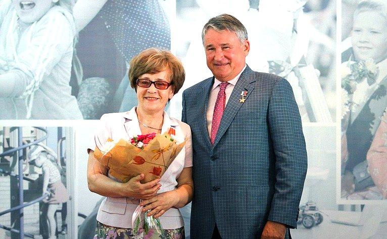 Юрий Воробьев принял участие вобластном образовательном салоне, проходящем вВологде
