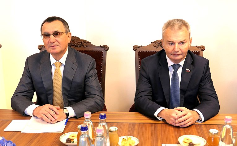 Николай Федоров иИгорь Каграманян