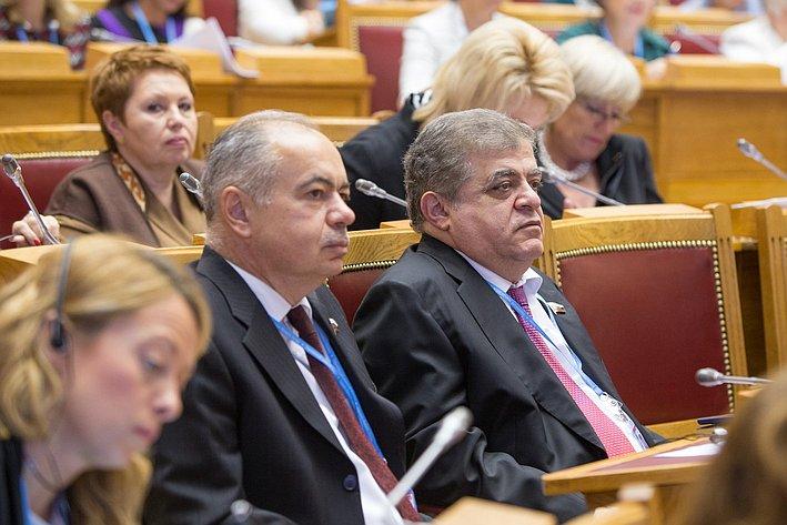 Евразийский женский форум. Умаханов и Джабаров