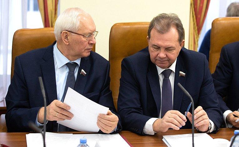 Николай Тихомиров иВиктор Павленко