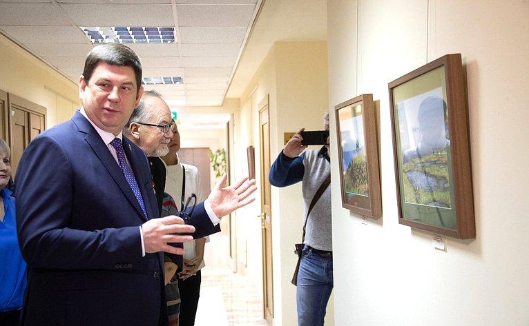 Открытие вСовете Федерации выставки живописи А. Буртасенкова «Моя Россия»