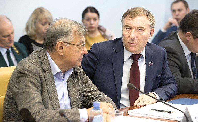 С. Жиряков иА. Варфоломеев