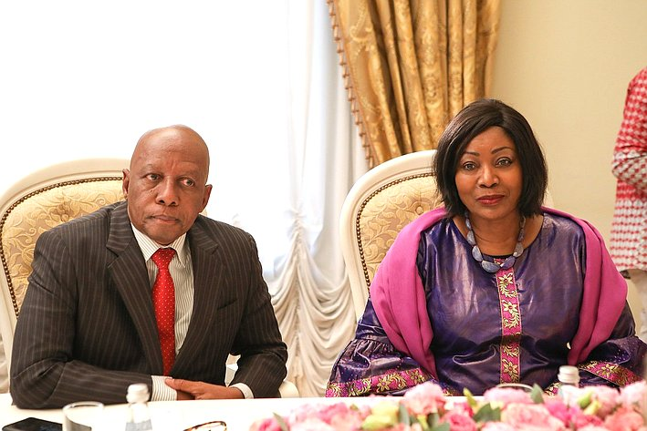 Встреча В. Матвиенко ссупругой Президента Гвинейской Республики, главой Фонда защиты материнского идетского здоровья Джене Кабой Конде
