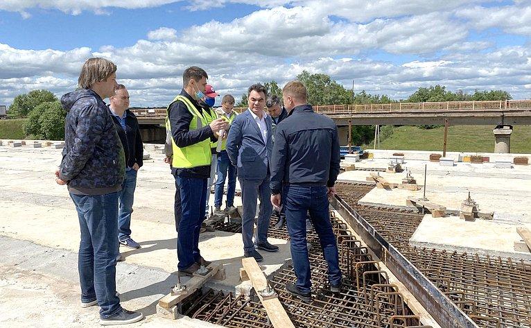 Ирек Ялалов ознакомился сходом реализации наиболее значимых объектов вУфимском, Буздякском иБлаговарском районах Республики Башкортостан