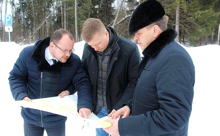 Виктор Новожилов провёл встречи сглавами муниципальных образований «Вельский муниципальный район» и«Вельское»