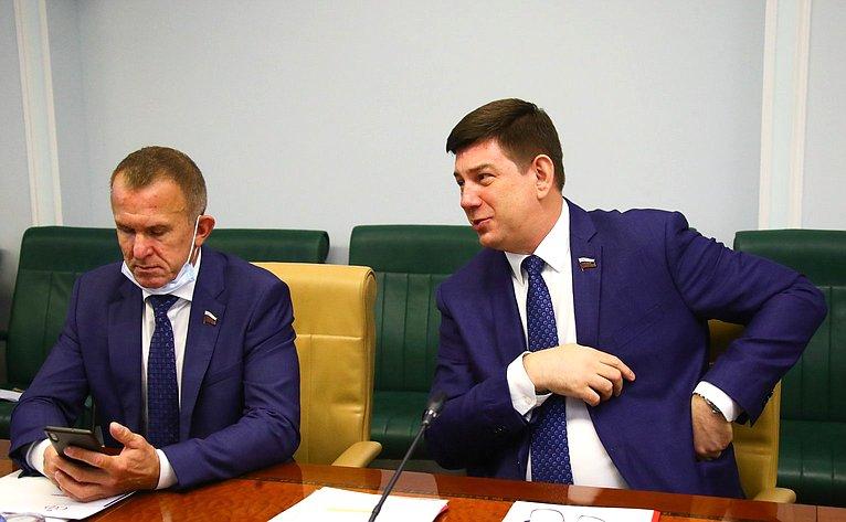 Владимир Кравченко иВиктор Смирнов