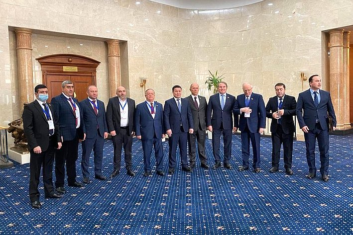 Делегация Совета Федерации принимает участие внаблюдении завыборами Президента Киргизской Республики