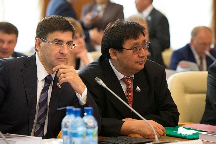 Визит делегации СФ в Якутию Зуга и Акимов