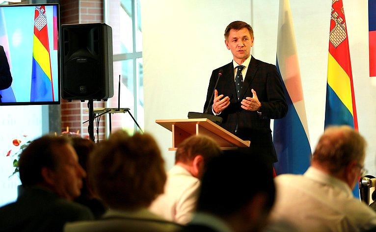 Министр цифрового развития, связи имассовых коммуникаций Константин Носков