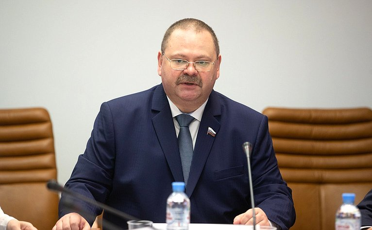 О. Мельниченко