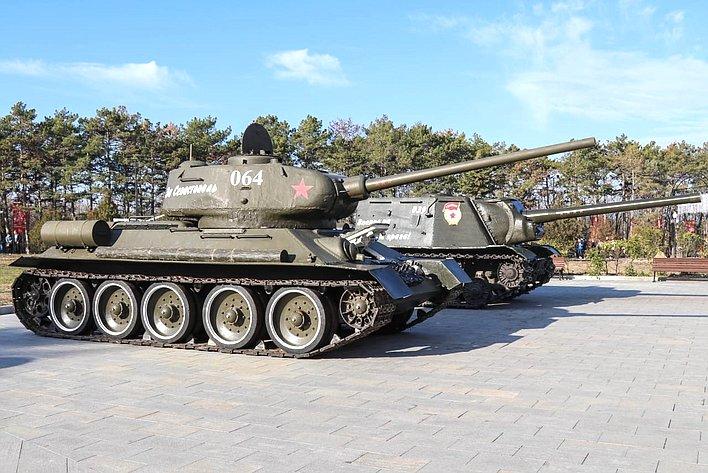 Екатерина Алтабаева приняла участие вторжественной церемонии пуска боевой машины– легендарного танка Т-34