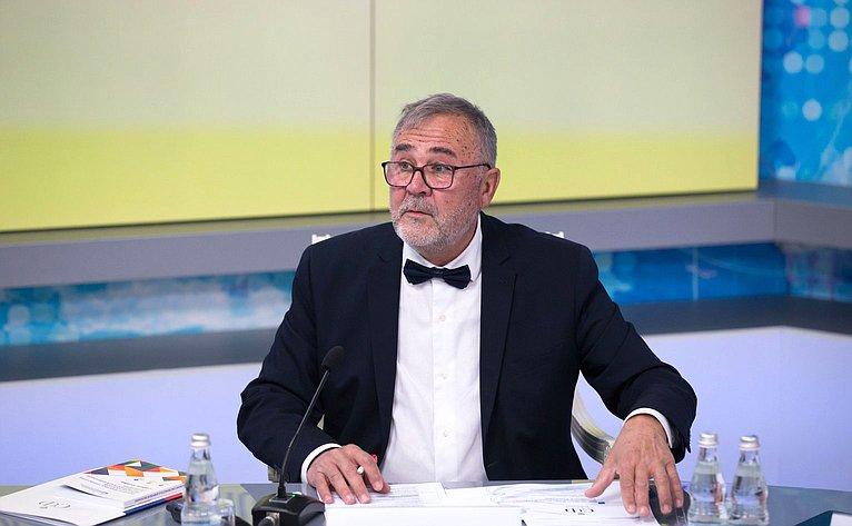 Михал Швантнер