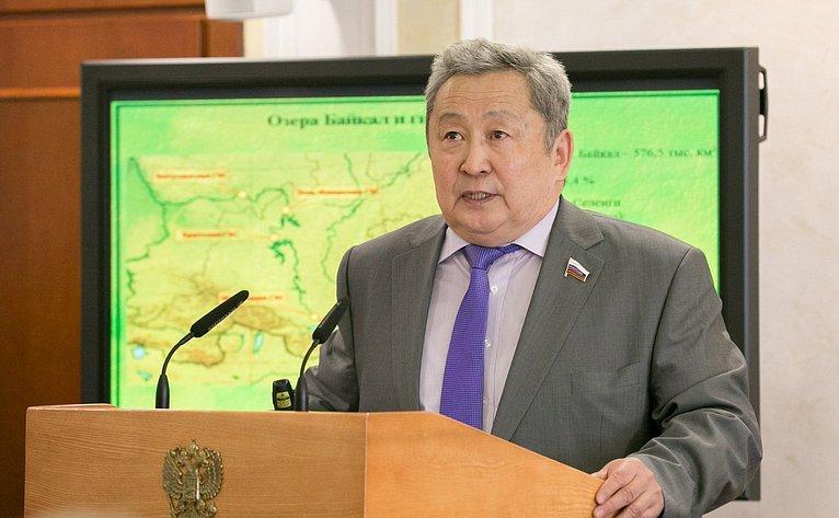 А. Тулохонов выступил нарасширенном заседании Комитета СФ поаграрно-продовольственной политике иприродопользованию