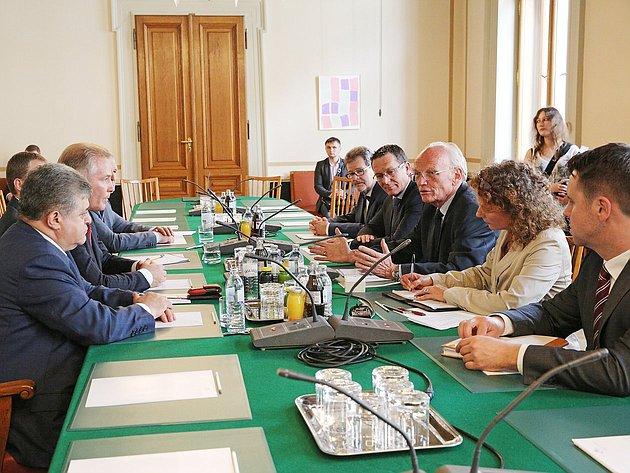 10-06 Матвиенко делегация Австрия 6