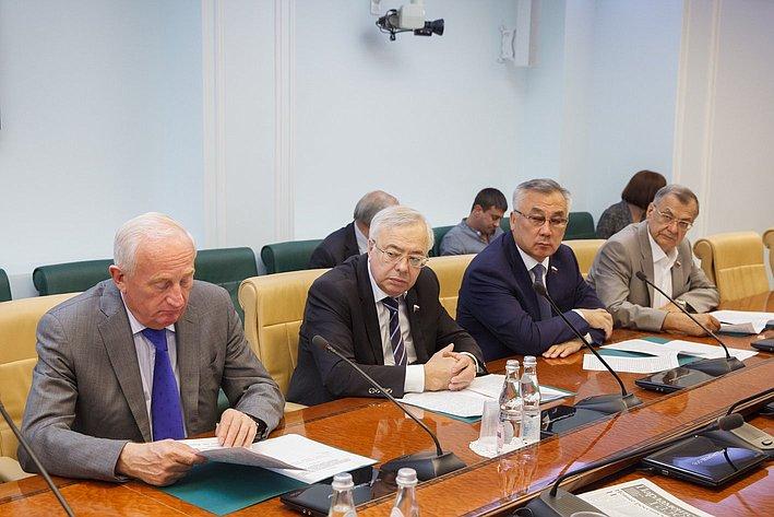 Заседание комиссия СФ по контролю за достоверностью сведений о доходах сенаторов -6 Кресс, Бочков, Жамсуев, Жиряков