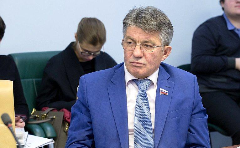 В. Озеров