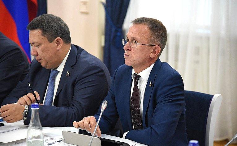 Владимир Полетаев иВладимир Кравченко
